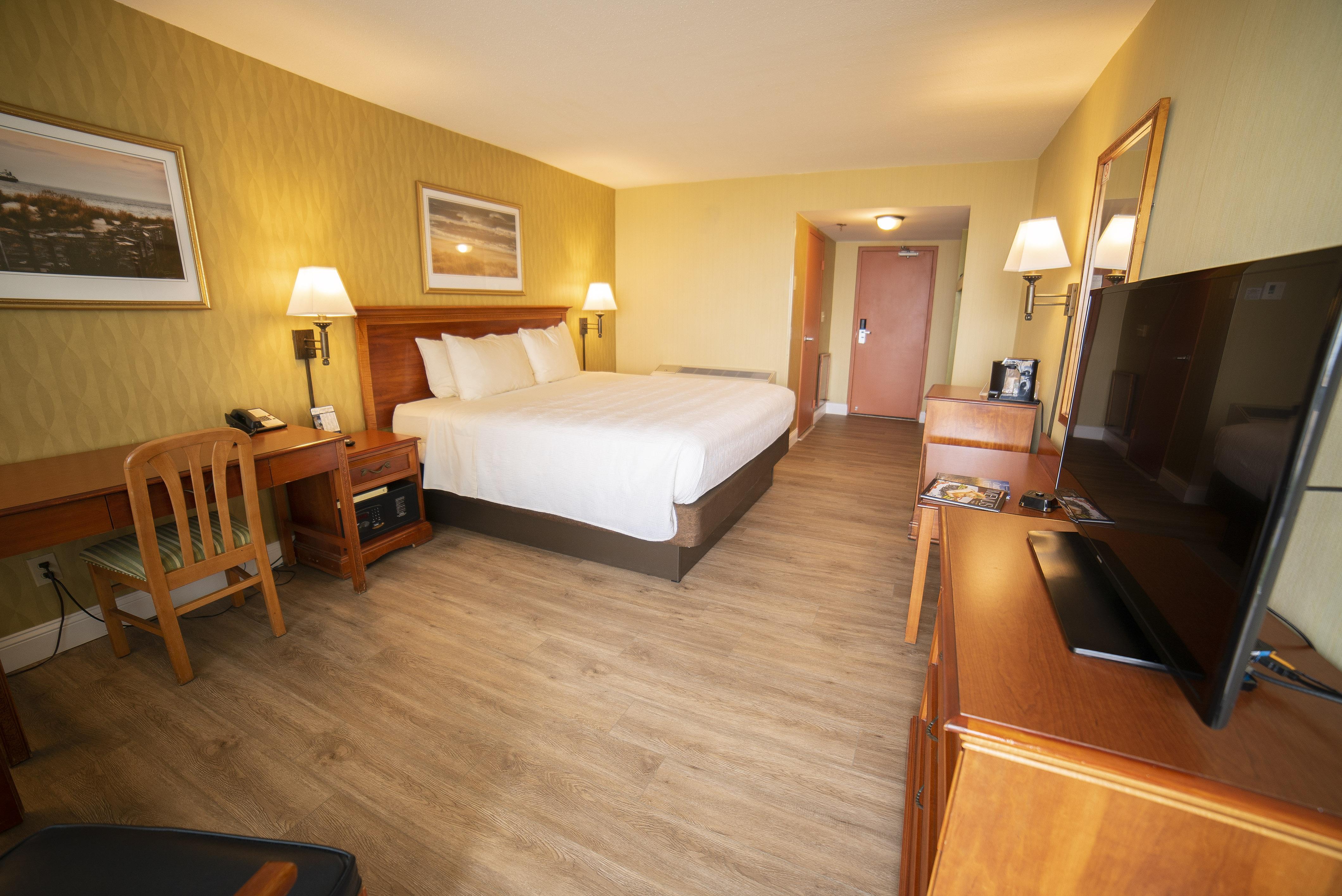 King Room Rearview 2020